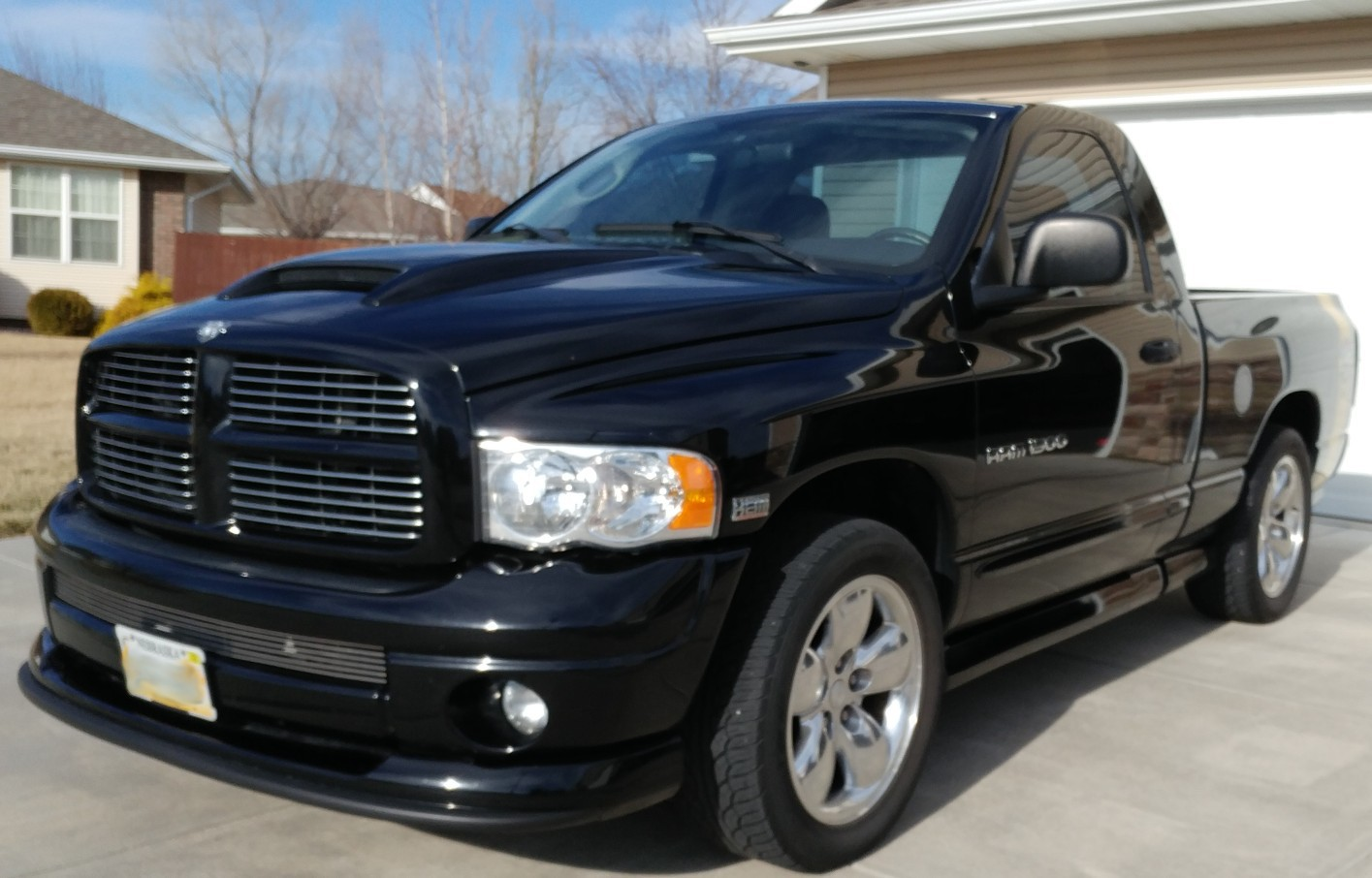 for sale 2004 dodge ram 1500 4x4 rumble bee. Black Bedroom Furniture Sets. Home Design Ideas