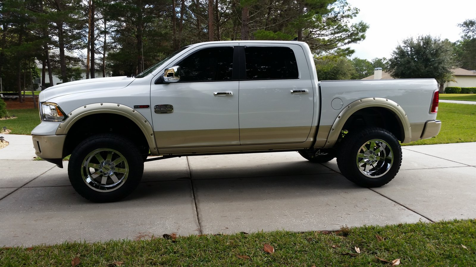 pics photos 2014 dodge ram 1500 brand new eco diesel 20 alloys in. Cars Review. Best American Auto & Cars Review