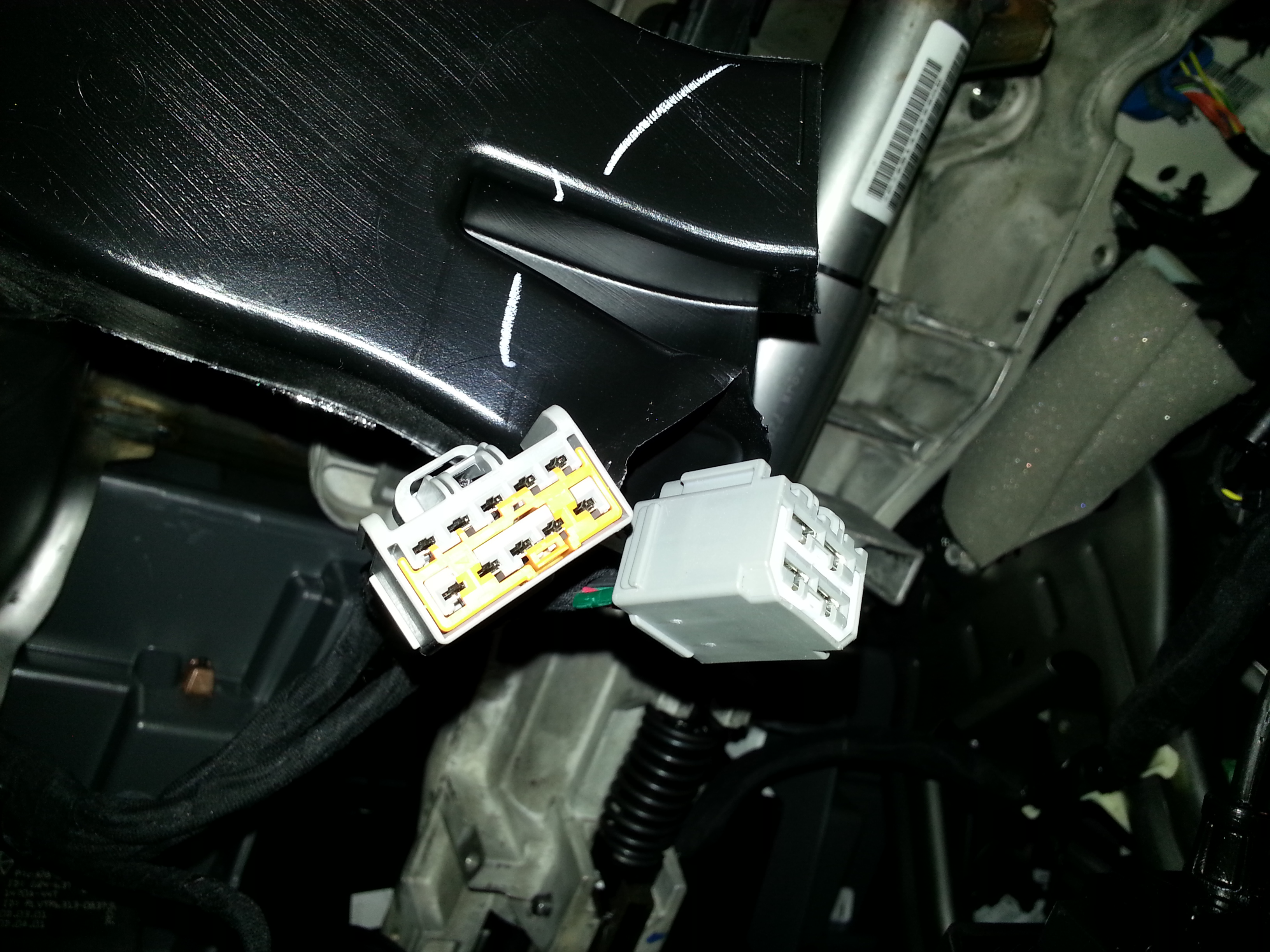 2015 Trailer brake controller pigtail, included with truck? | RAM 1500  Diesel ForumRAM 1500 Diesel Forum