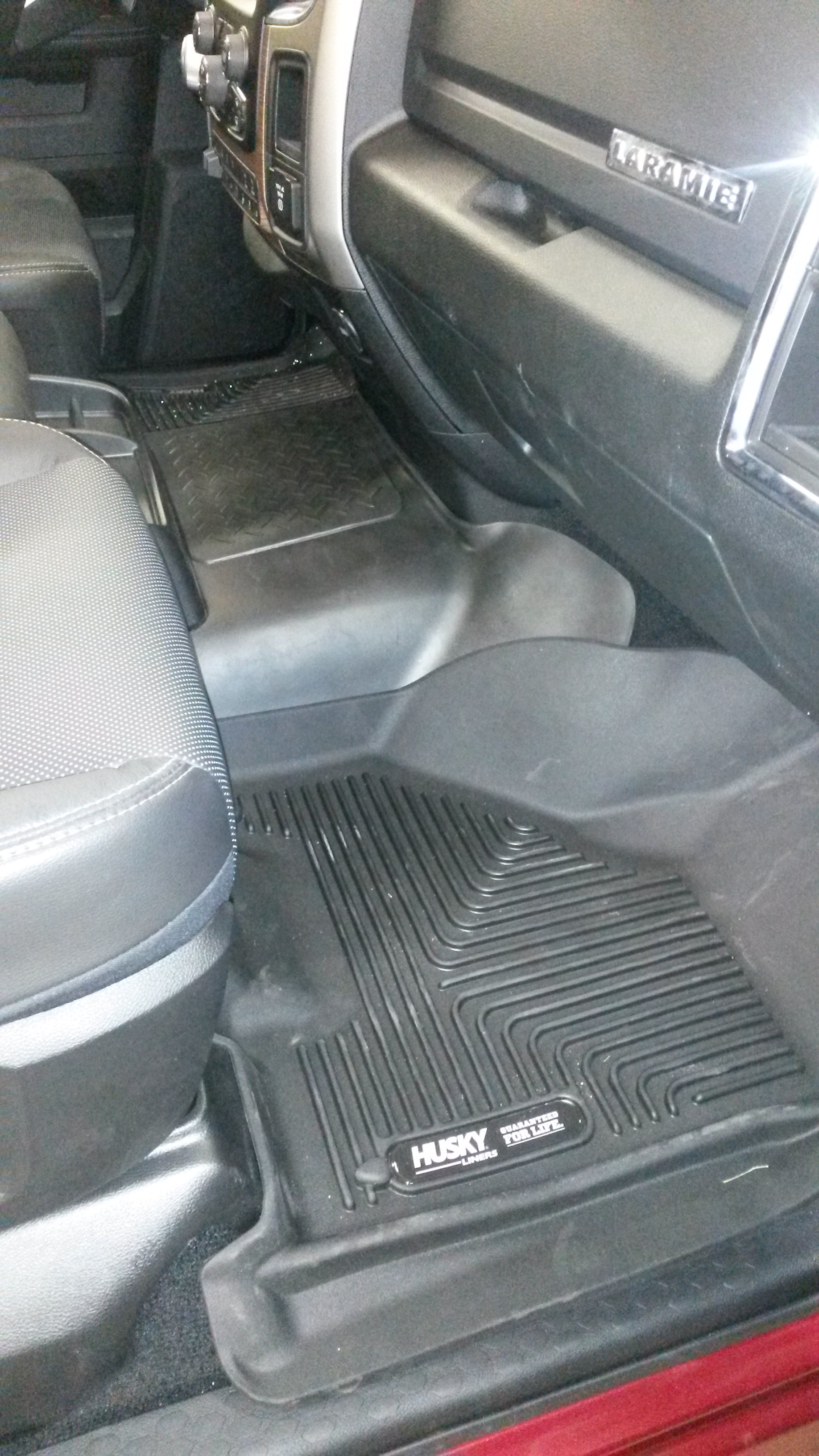 forum discussion full cc back husky titan floor interior liners mats w forums seat coverage nissan