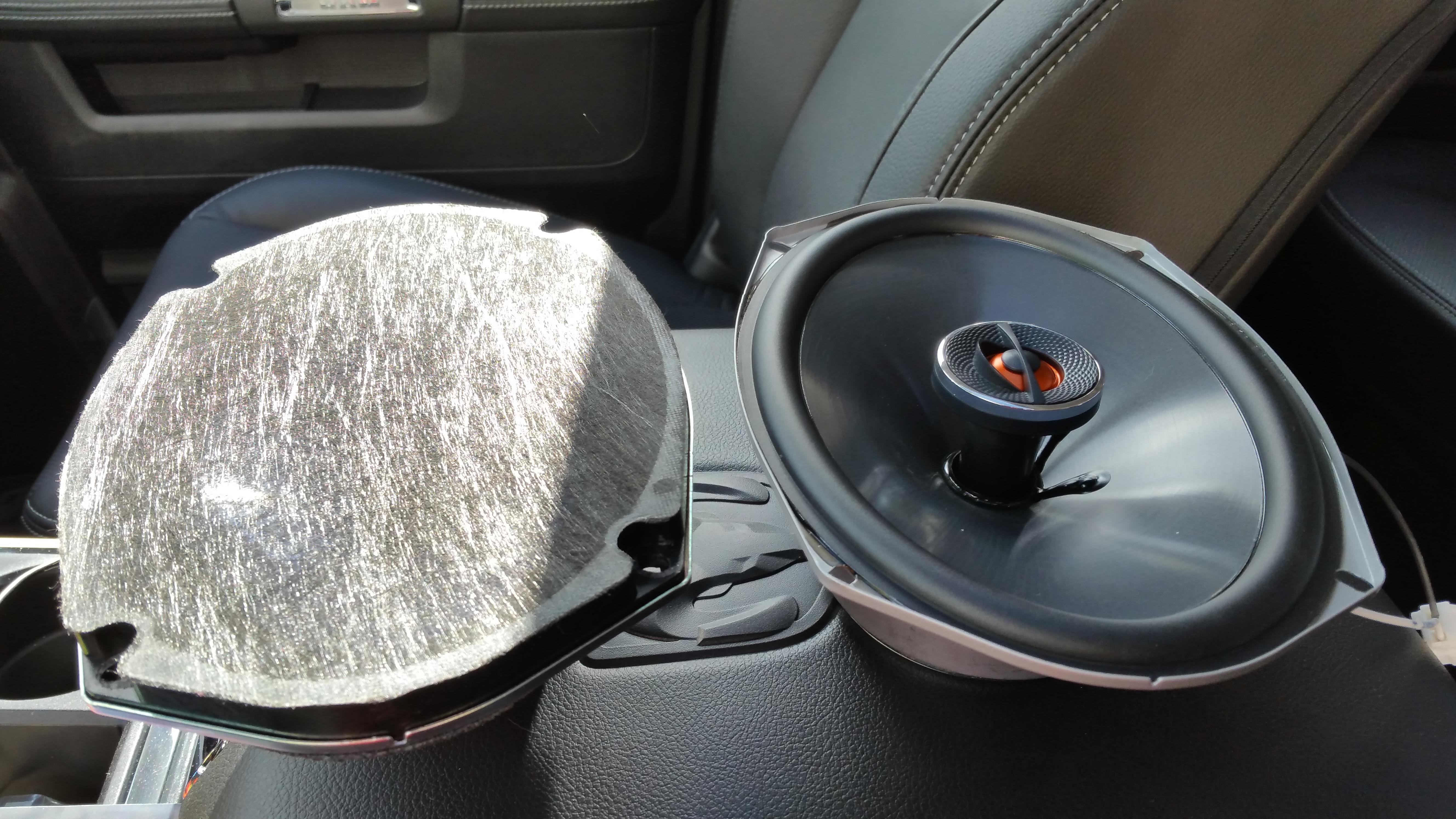 2016 Ram 1500 >> Alpine 8.4 Sound and Upgrade Speakers