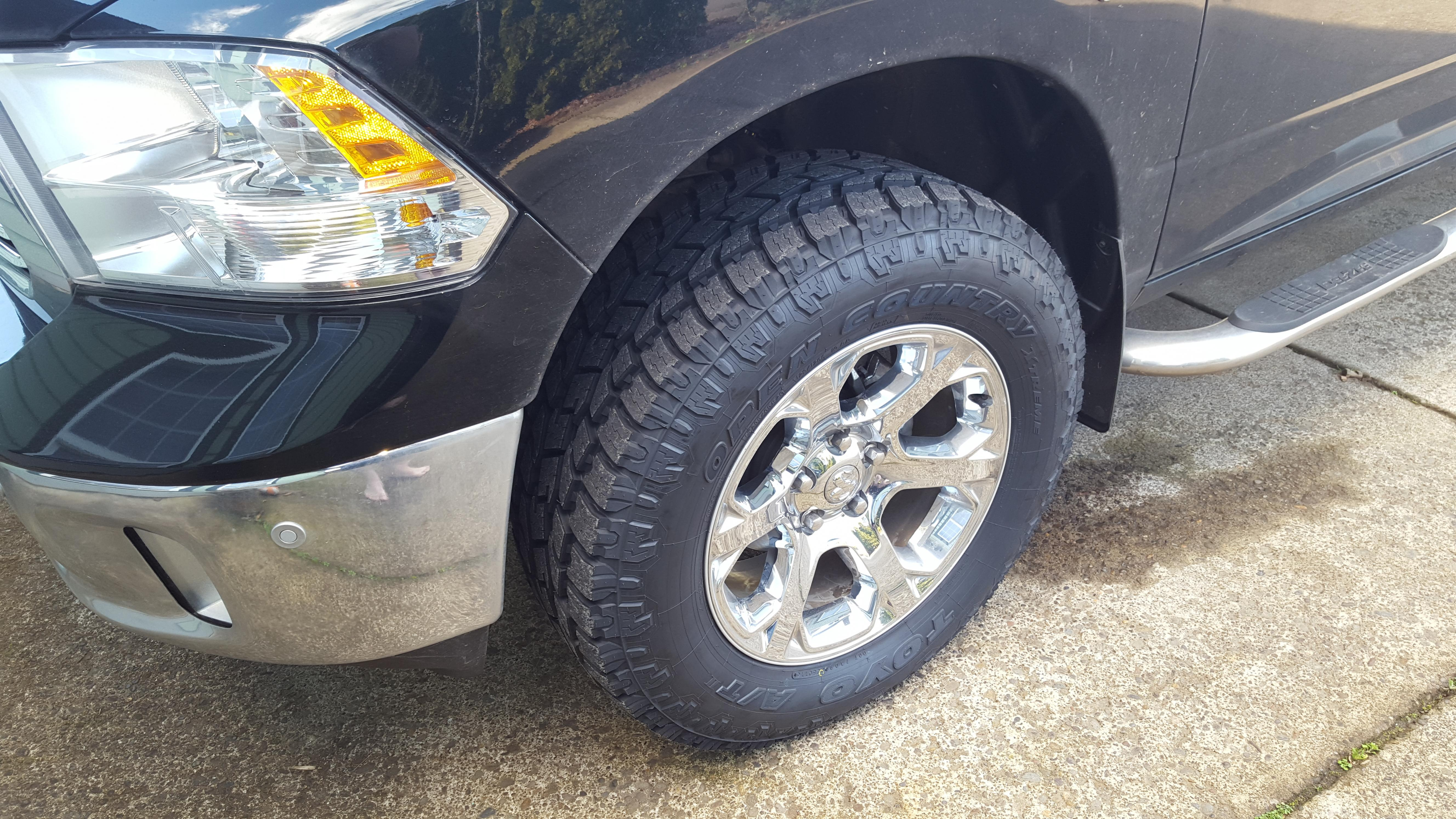 2015 Ram 1500 Leveling Kit >> New tires and wheels