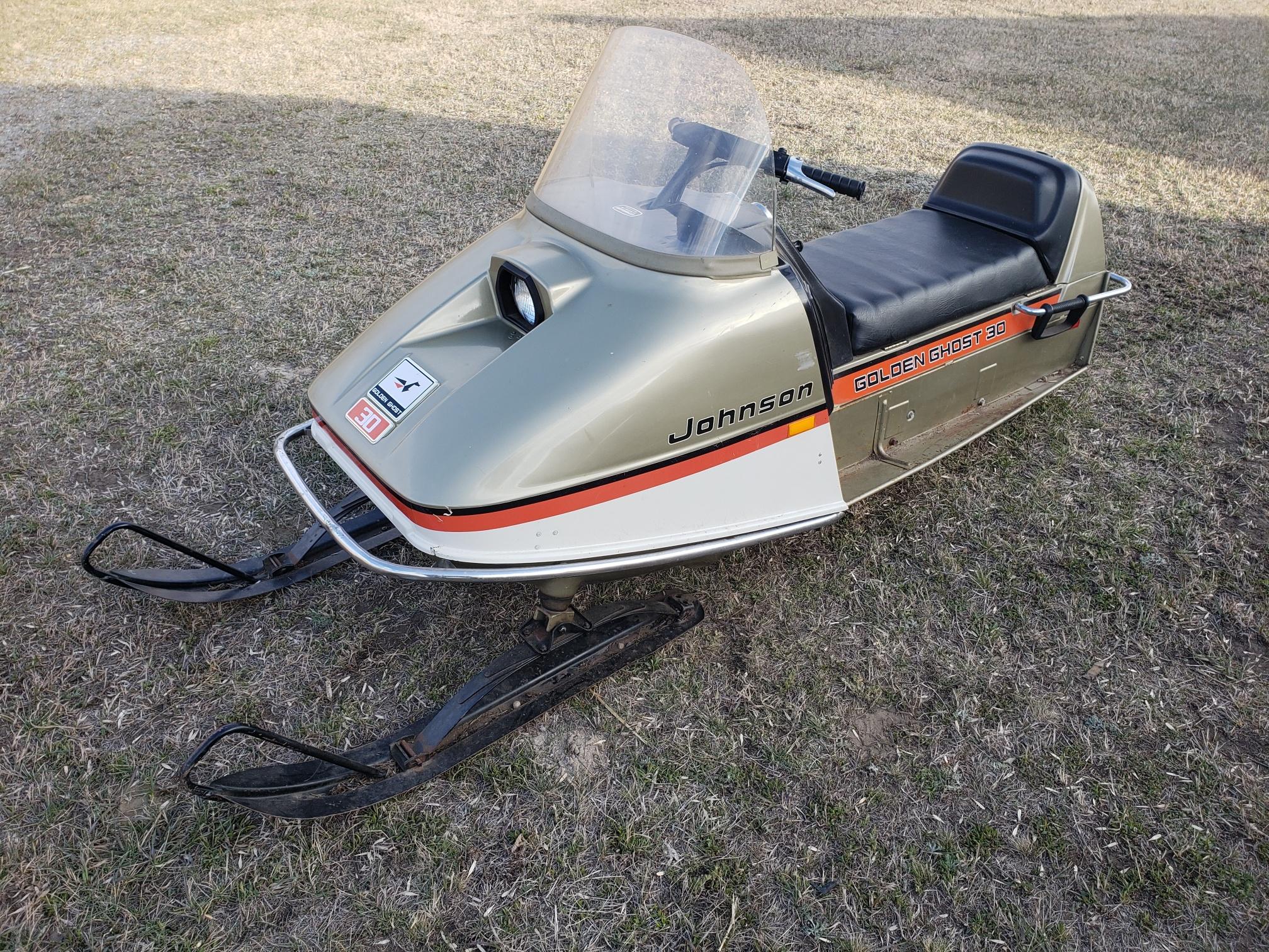 Some vintage sleds-20190505_185529_resized.jpg