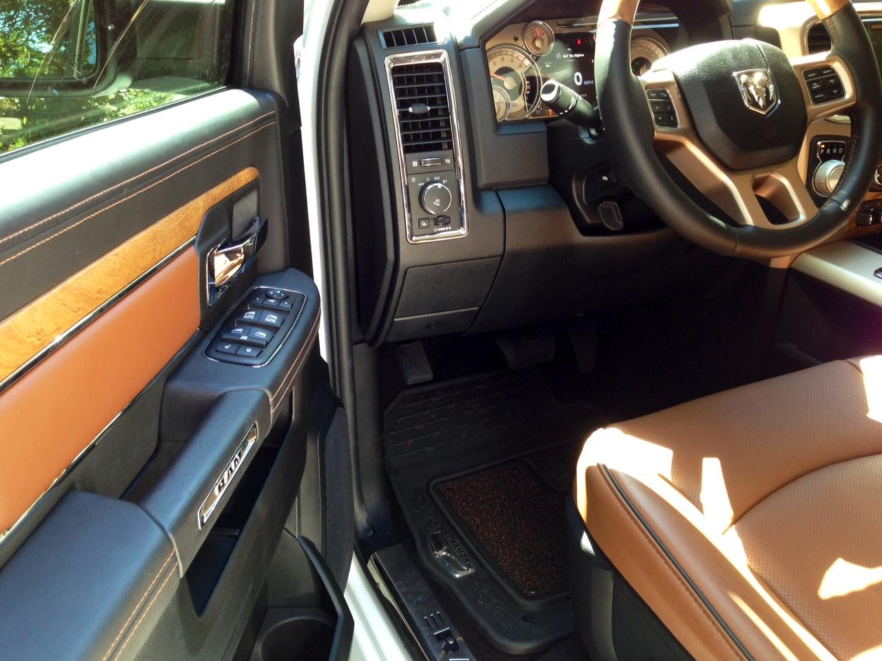 Fs 2014 Ram 1500 Ecodiesel 4x4 Laramie Longhorn Short Bed White Gold