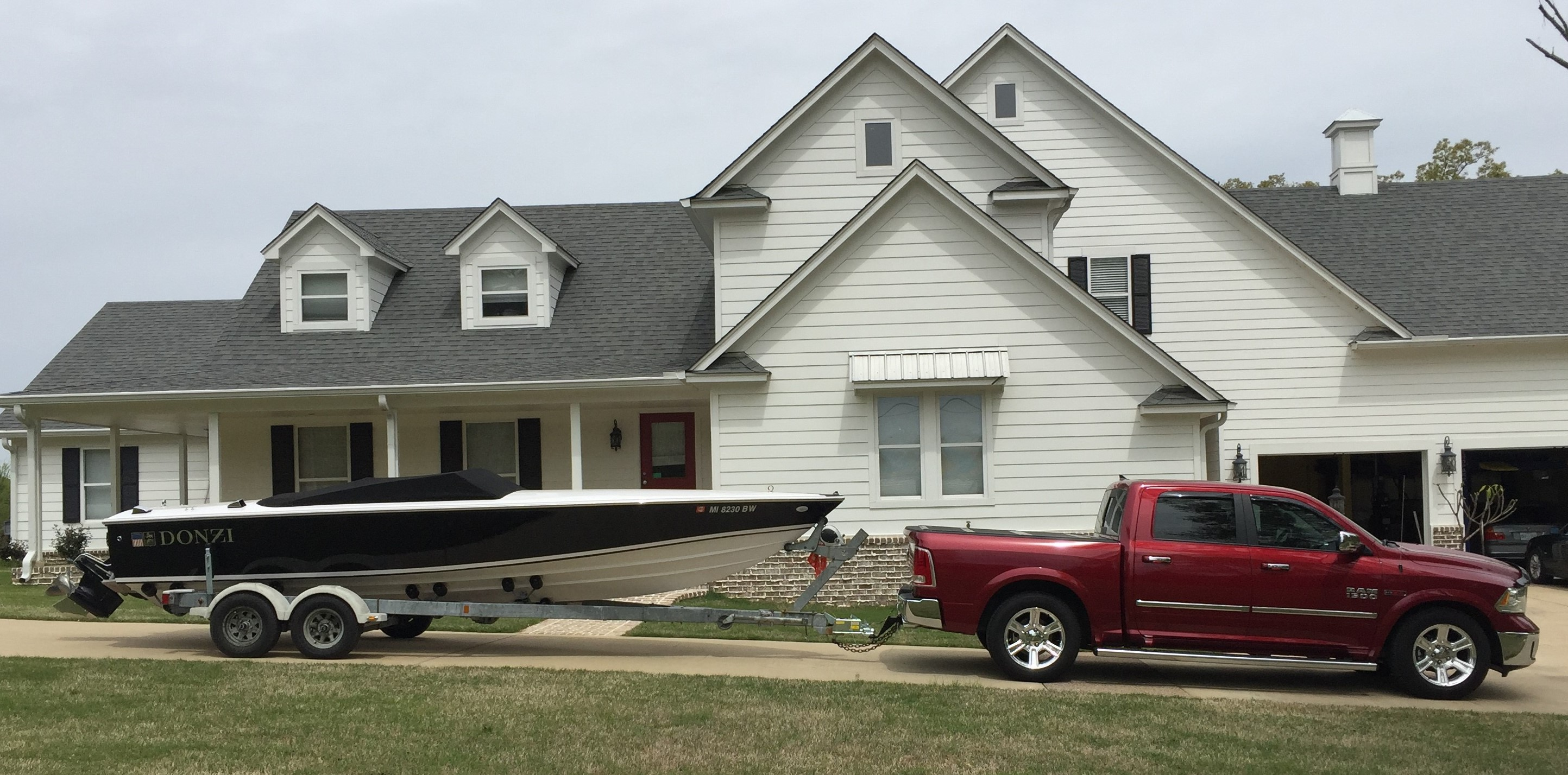 Show your rig towing...-donzi.jpg