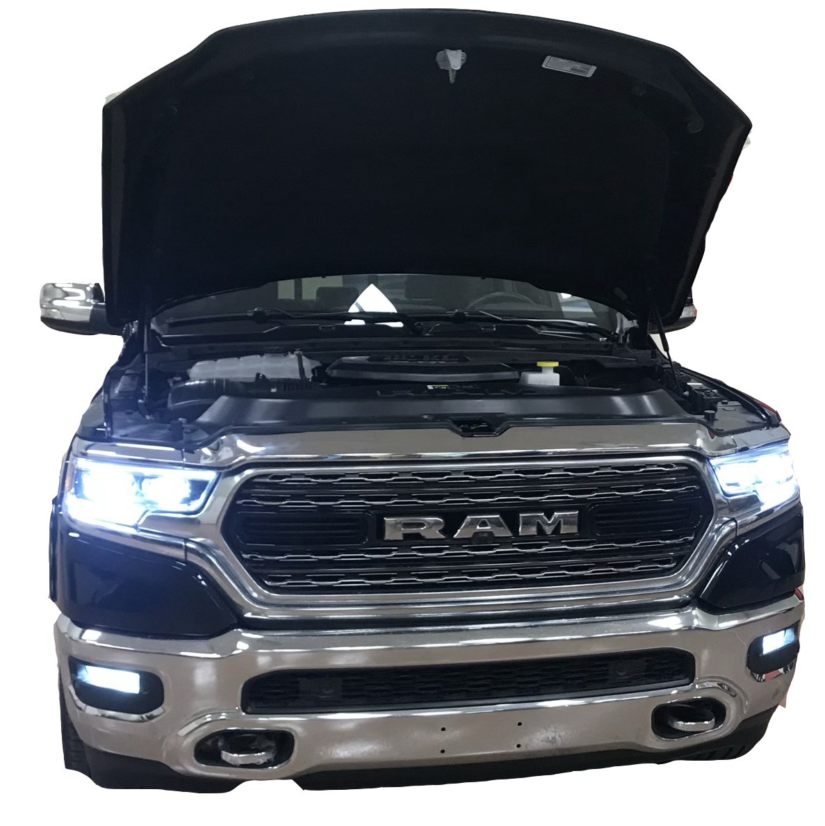 New rams will have a new redesigned engine-ecodiesel-2020-front-view.jpg
