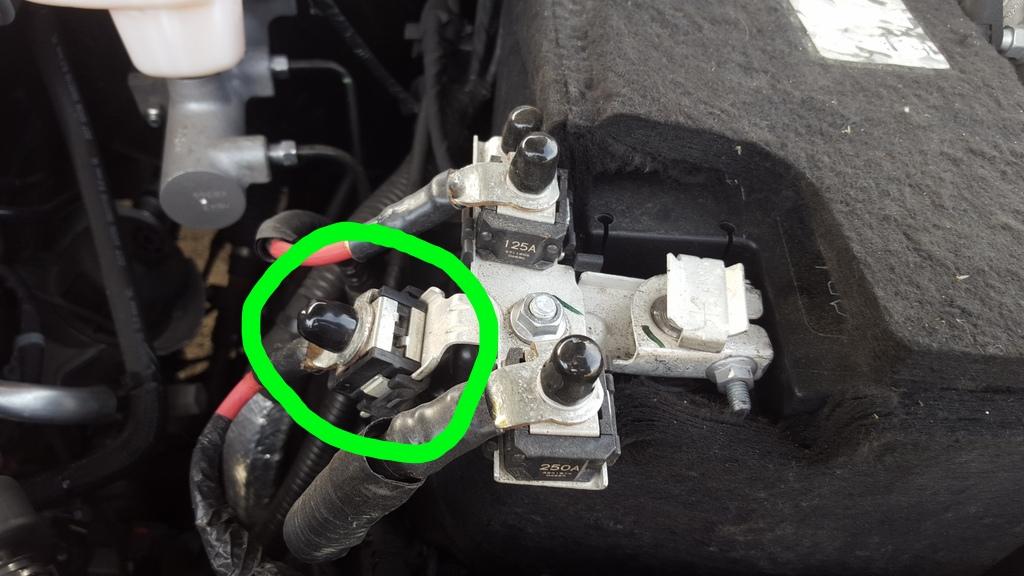 RADIATOR FAN test?-fuse-du-radiator-fan-there.jpg