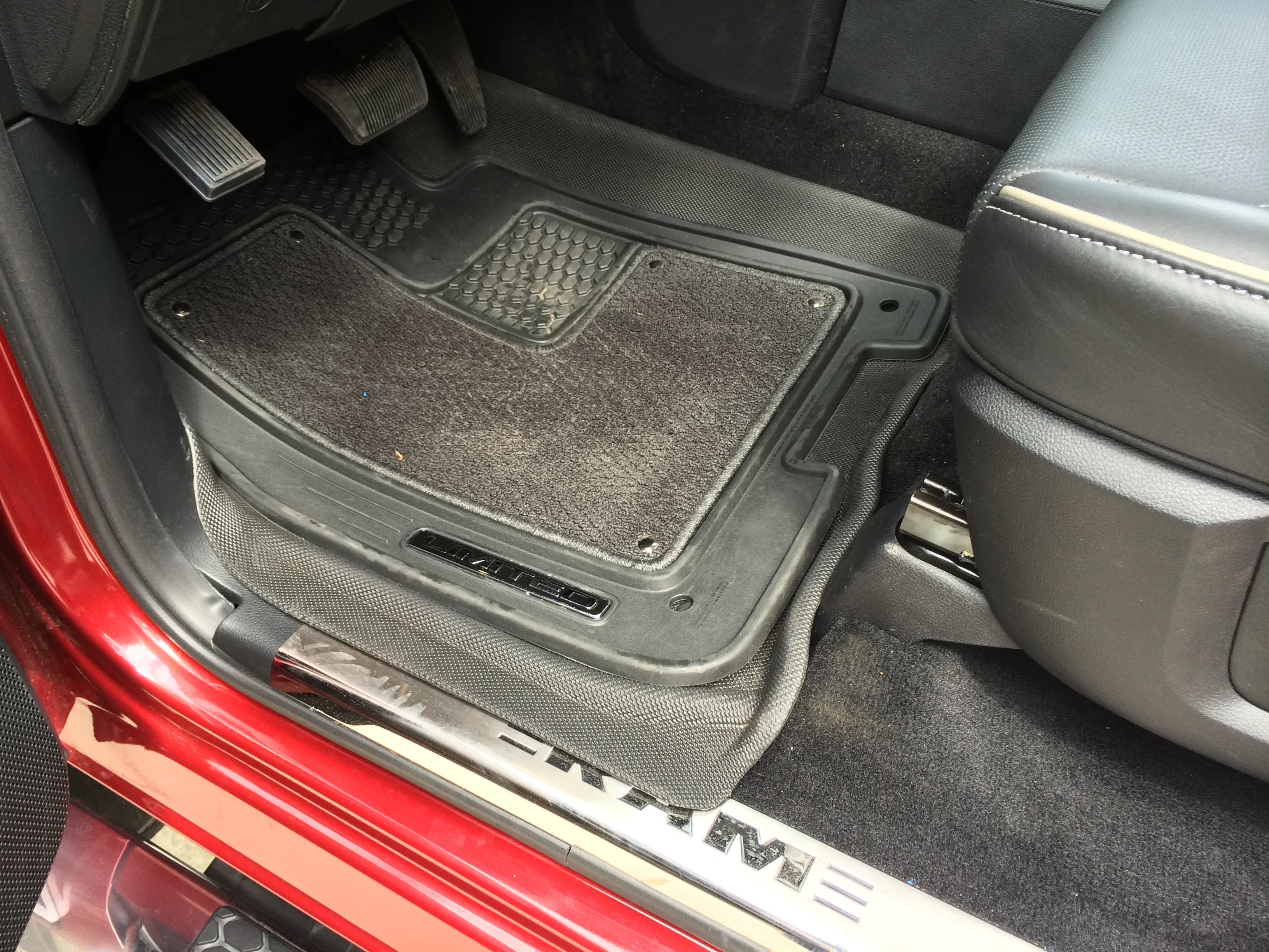 Weathertech floor mats dodge ram 2500 -  Floor Mats Img_0754 Jpg