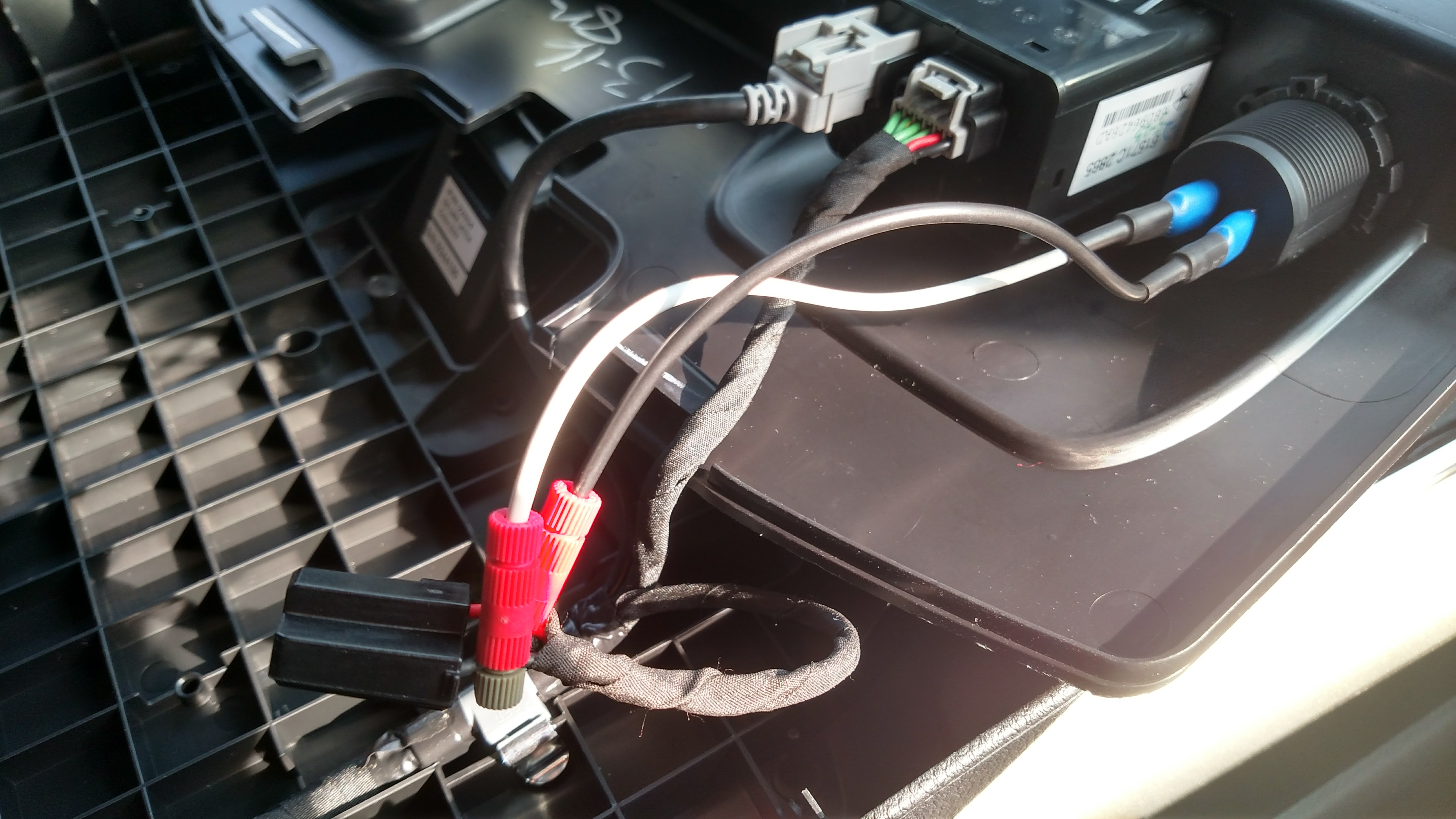 USB Charger in Center Console-img_20170324_164241792_hdr.jpg