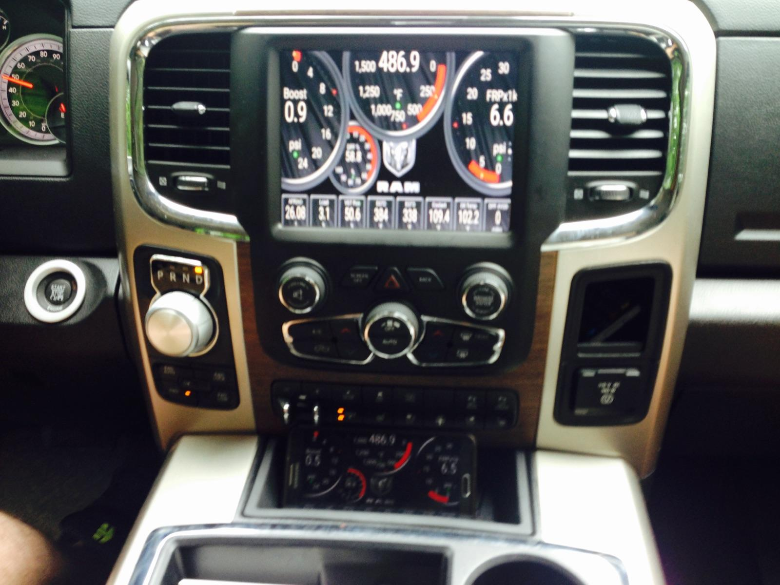 Dodge Ram 1500 Ecodiesel >> Lockpick Air v2 streaming torque from phone to 8.4 display