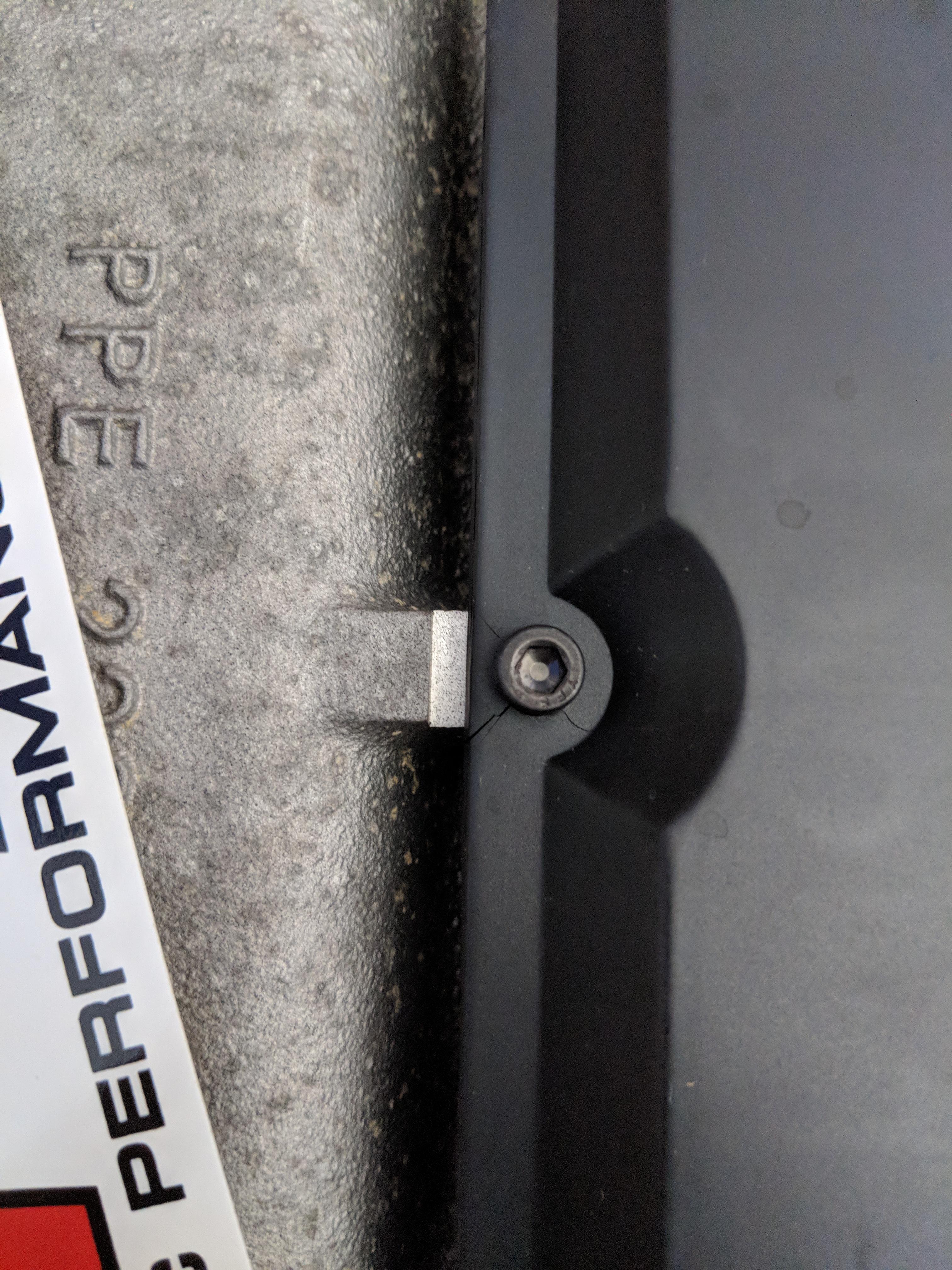ZF 8HP plastic transmission pan differences-mvimg_20180524_133731_1561429939719.jpg