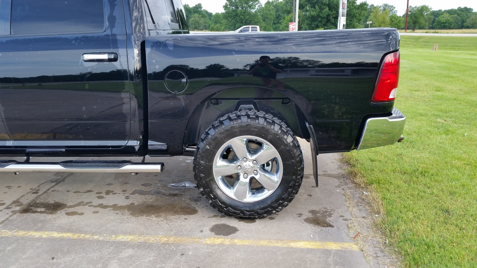 """Dodge Ram 1500 Diesel >> Just added motofab lift 2"""" leveling kit - Page 2"""