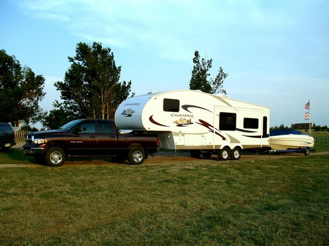 5th wheel towing with 2014 ram 2500 diesel crew cab autos post. Black Bedroom Furniture Sets. Home Design Ideas