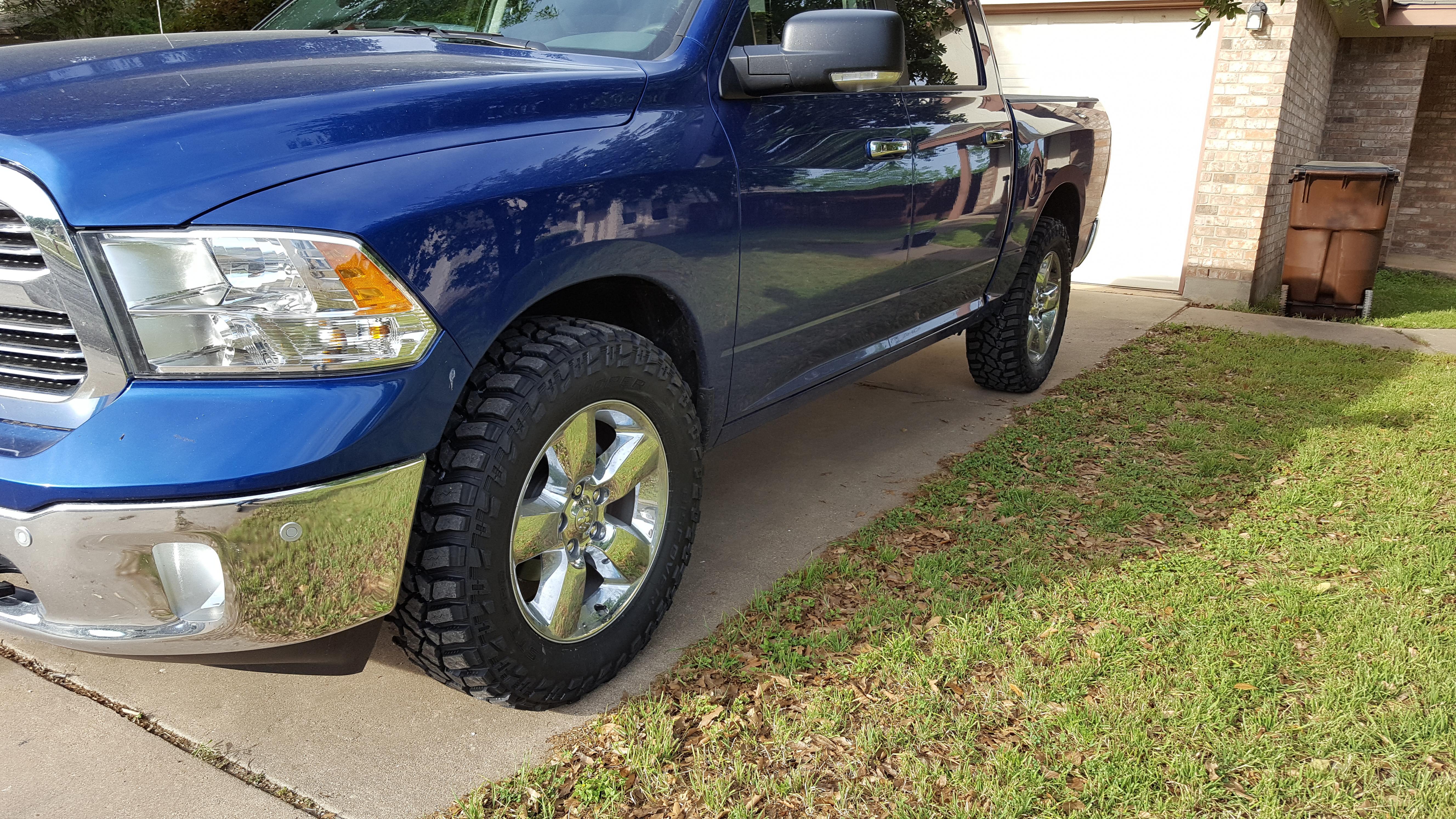 04 ram 1500 tire size